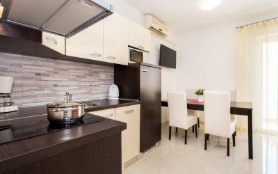 Apartment House Hrgovčić 1 - Apartment 4
